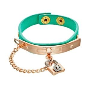 JUICY COUTURE Bracelet Crystal Crown Charm Green